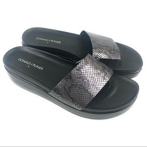 Donald J Pliner Metallic Snake Skin FiFi Sandals 9